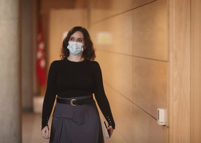 La presidenta de la Comunidad de Madrid, Isabel Díaz Ayuso, en la Asamblea de Madrid (España), a 5 de noviembre de 2020