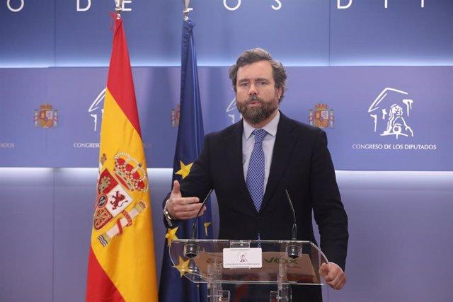 El portaveu de Vox al Congrés, Iván Espinosa de los Monteros, intervé en la roda de premsa posterior a la reunió de la Junta de Portaveus al Congrés dels Diputats. Madrid (Espanya), 27 d'octubre del 2020.