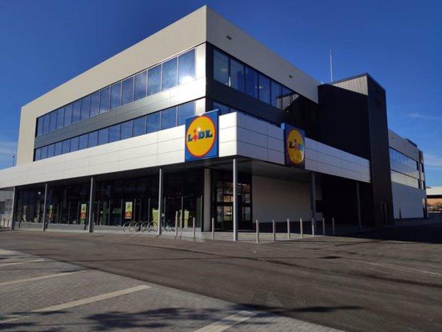 Imatge del supermercat de Lidl a Montcada i Reixac. (Horitzontal)