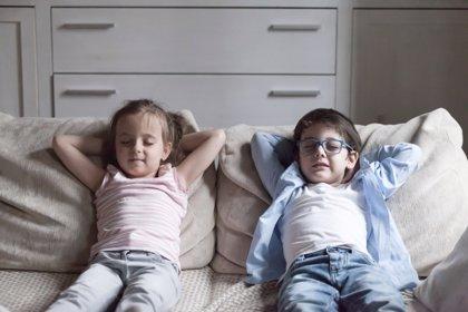 3 ejercicios de atención plena para practicar con los niños