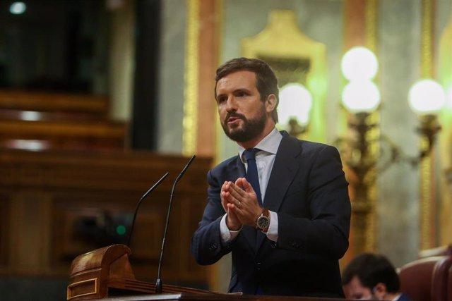 El líder del PP, Pablo Casado, interviene durante una sesión plenaria en el Congreso. En Madrid, (España), a 29 de octubre de 2020.