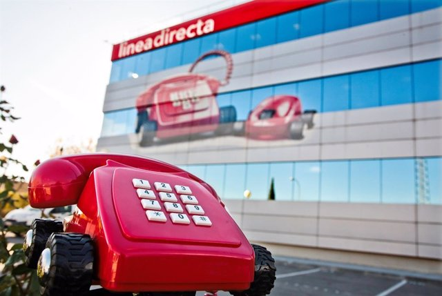 Edificio y teléfono de Linea Directa Aseguradora