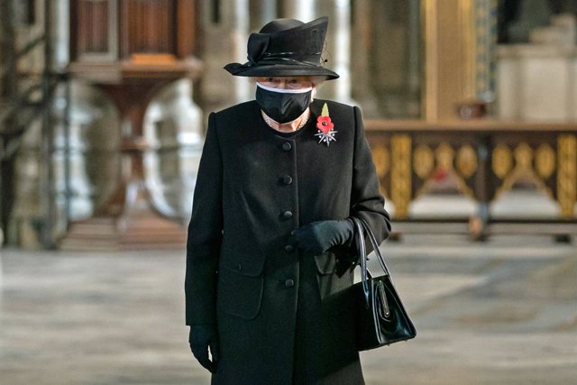 07 November 2020, England, London: Queen Elizabeth II attends a ceremony in London's Westminster Abbey to mark the centenary of the burial of the Unknown Warrior. Photo: Aaron Chown/PA Wire/dpa