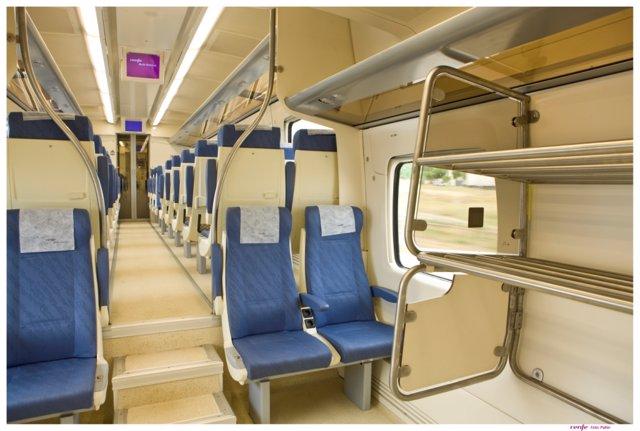 Interior de un tren de Media Distancia