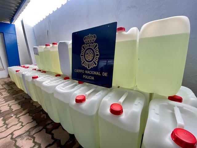 Combustible para narcolanchas intervenido por la Policía