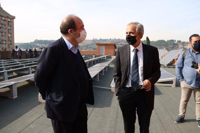 Pla americà del primer secretari del PSC, Miquel Iceta, amb l'alcalde de Granollers, el 12 de novembre de 2020. (Horitzontal)