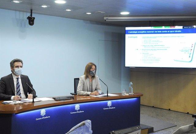 El ministre de Finances, Eric Jover, i la ministra de Medi ambient, Agricultura i Sostenibilitat, Sílvia Calvó