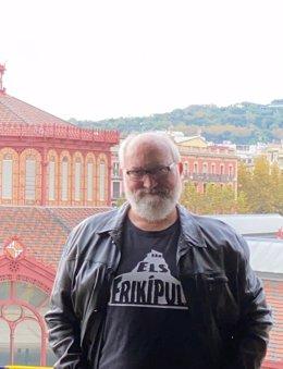 L'autor de 'L'esguard de la bèstia', Quim Gómez (vertical)
