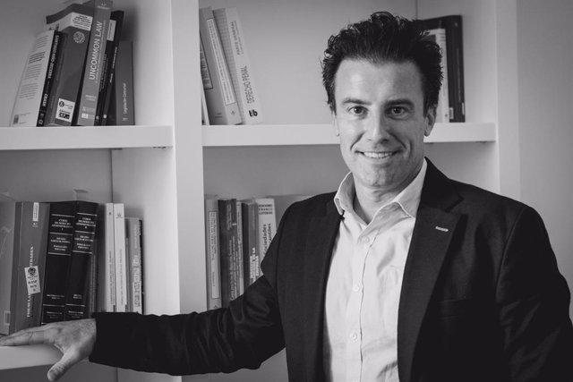Agustín Peralt, escritor, asesor y formador en efectividad.