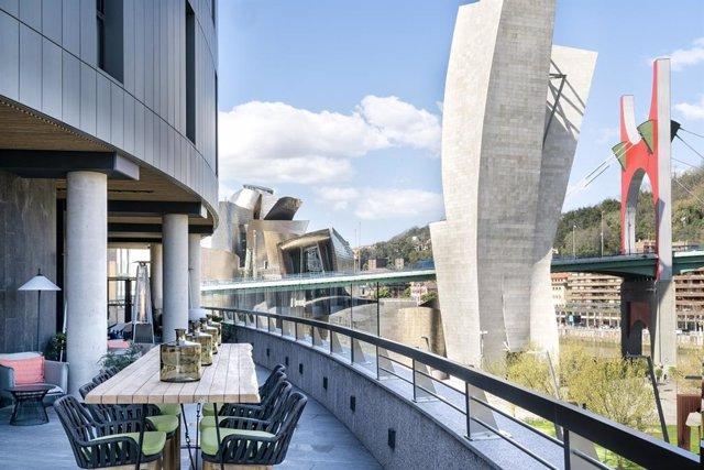 Terraza del hotel Vincci Consulado Bilbao
