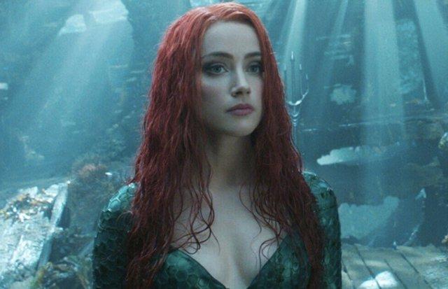 Amber Heard dice que estará en Aquaman 2 y responde a los fans que piden su despido