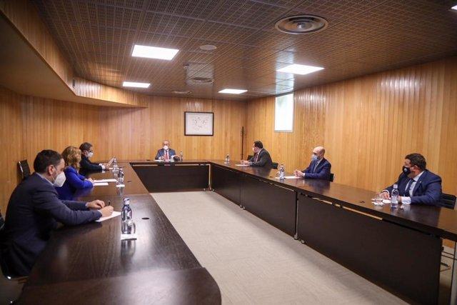 Reunión en Fycma sobre la campaña de detección de COVID-19 en Málaga