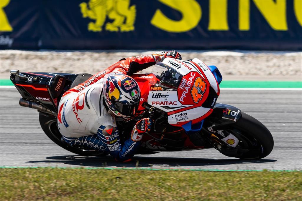 Miller, Navarro y Arbolino, los más rápidos del viernes en Cheste en el GP de la C.Valenciana