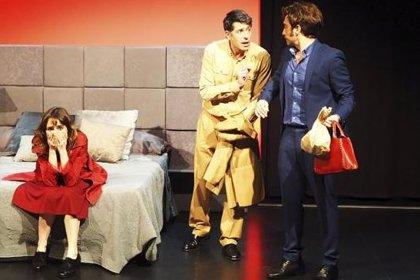 'Noches de hotel' del dramaturgo Mariano Rochman llega al Gran Teatro de Cáceres este sábado tras su temporada en Madrid