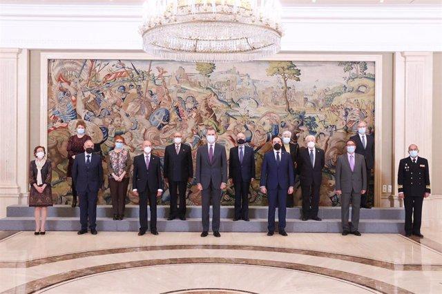 La Junta Directiva de la Confederación Española de Organizaciones de Mayores (CEOMA) ha sido recibida en Audiencia por Su Majestad el Rey con motivo del XX aniversario de su constitución