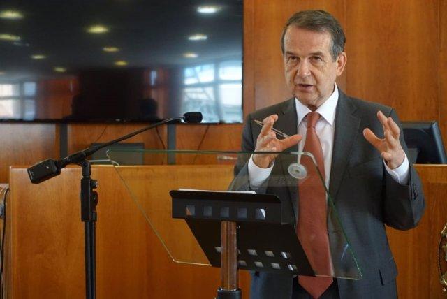 El presidente de la FEMP y alcalde de Vigo, Abel Caballero