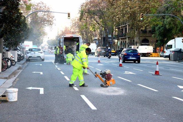 Pla obert del carrer Aragó. Imatge del 14 de novembre del 2020. (Horitzontal)