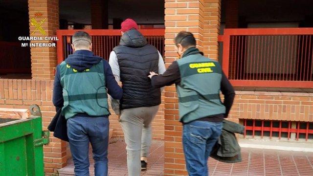 La Guardia Civil detiene a tres personas como presuntos autores de 28 robos en la merindad de Olite