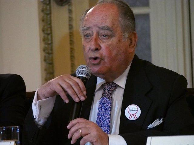 El primer ministro de Perú, Ántero Flores-Aráoz