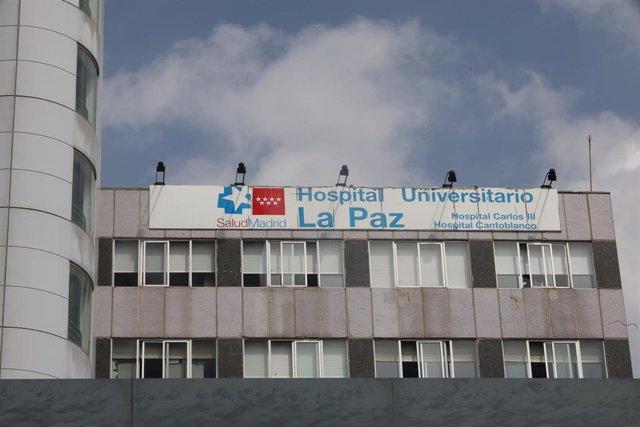 Fachada del Hospital de La Paz.