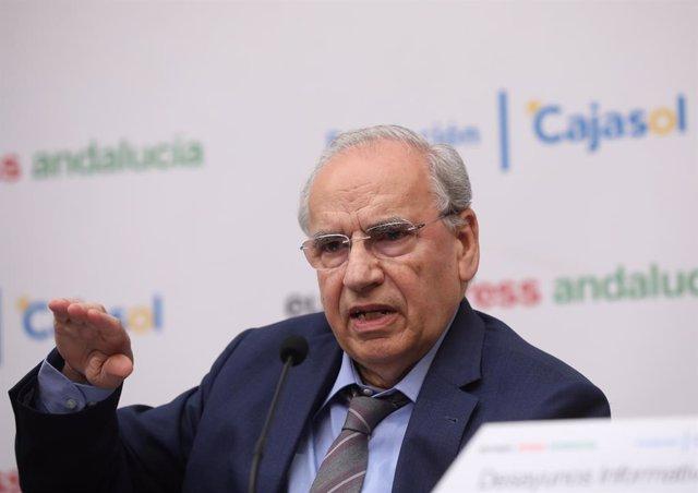 L'exvicepresident del Govern espanyol, Alfonso Guerra (Arxiu).