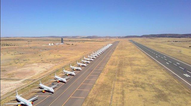 Vista parcial de la pista del aeropuerto de Ciudad Real