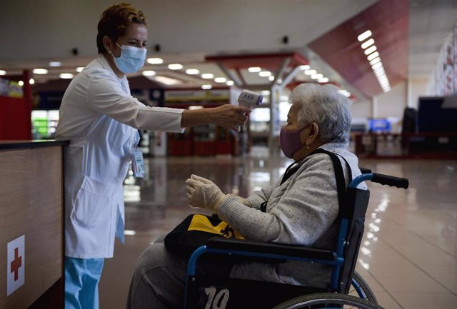 Medidas sanitarias en el Aeropuerto Internacional José Martí de La Habana