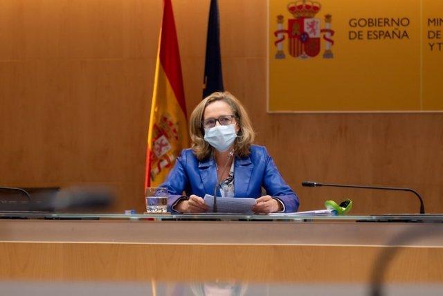 La vicepresidenta tercera y ministra de Asuntos Económicos y Transformación Digital, Nadia Calviño, en la reunión del Grupo de Coordinación y Seguimiento de Actuaciones del Segundo Dividendo Digital