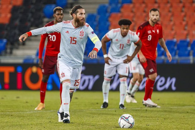 14 November 2020, Switzerland, Basel: Spain's Sergio Ramos kicks a penalty during the UEFA Nations League Group D soccer match between Switzerland and Spain at St. Jakob-Park. Photo: Indira/DAX via ZUMA Wire/dpa