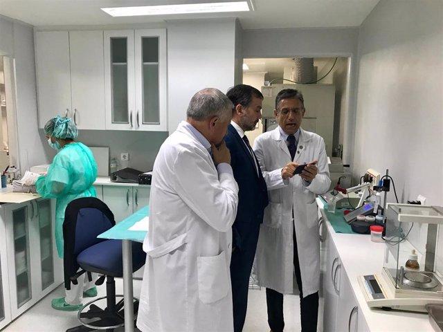 El Hospital Montecelo implanta un sistema de preparación de medicamentos peligrosos pionero en el Sergas.