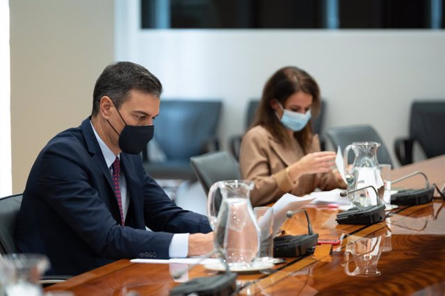 El president del Govern espanyol, Pedro Sánchez, presideix la reunió del Comitè de Seguiment del Coronavirus, a La Moncloa. Madrid (Espanya), 16 de novembre del 2020.