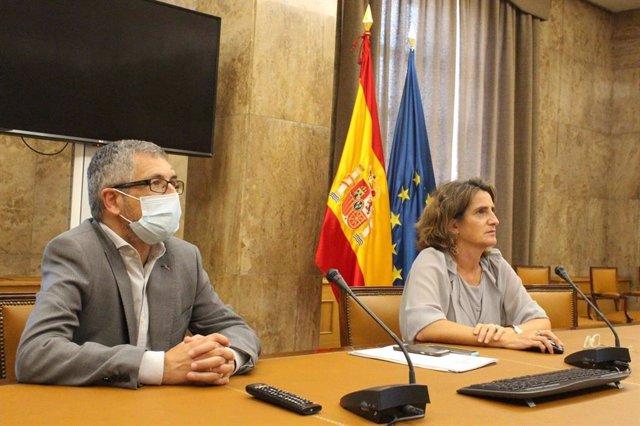 El secretario de Estado de Medio Ambiente, Hugo Morán, junto a la vicrepresidenta cuarta del Gobierno de España, Teresa Ribera