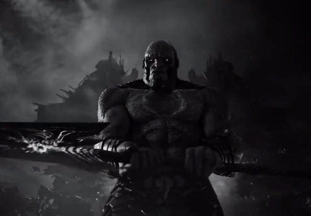 Darkseid y Superman protagonizan el espectacular tráiler en blanco y negro de Liga de la Justicia de Zack Snyder