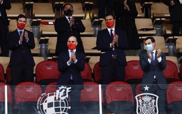 Palco de autoridades del Estadio de La Cartuja con motivo del partido España-Alemania