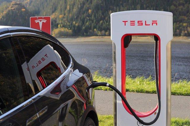 Imagen de un modelo de Tesla.
