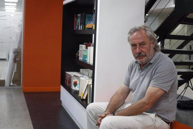 Entrevista al escritor Julio Llamazares