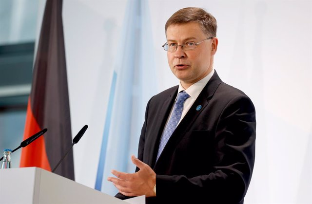 12 September 2020, Berlin: Valdis Dombrovskis, EU Vice-President and Commissioner for Economic and Capital Services, delivers a statement to the media on the second day of the EU Informal Meeting of Ministers for Economic and Financial Affairs. Photo: Odd