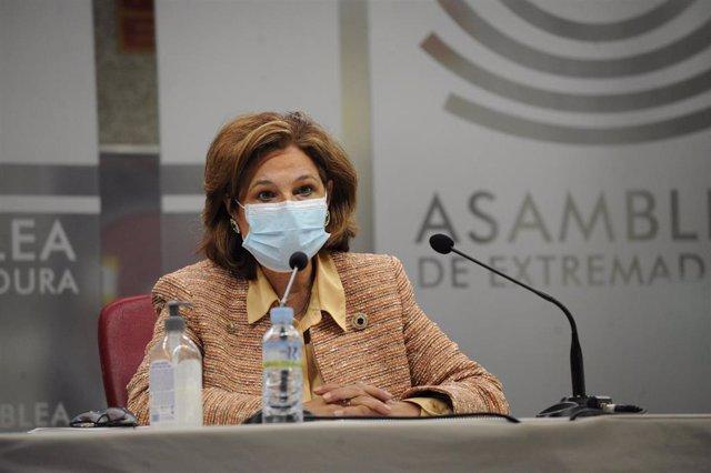 La vicepresidenta primera y consjera de Hacienda y Administración Pública, Pilar Blanco-Morales, en la presentación del proyecto de PGEx para 2021