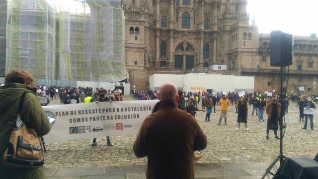 Manifestación del sector de la hostelería y del ocio nocturno en Santiago de Compostela