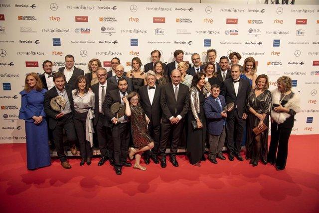 Los últimos ganadores de los Premios Forqué, posando en el Palacio de Congresos de Zaragoza.