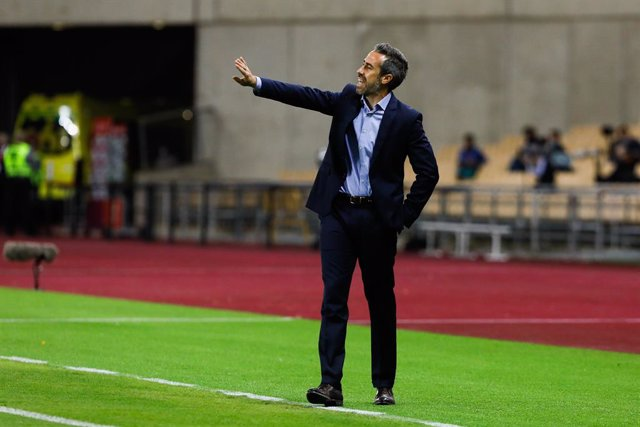Jorge Vilda, head coach of Spain Team, during qualifying phase of Euro 2022 women's , football match played between Spain Team and  Czech Republic Team at La Cartuja Olympic  Stadium on October 23, 2020 in Sevilla, Spain.