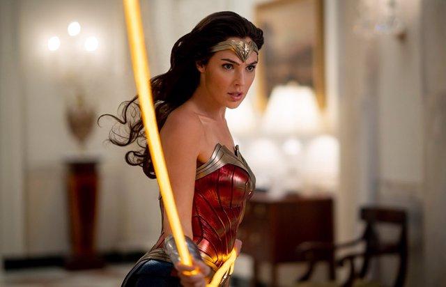 """Gal Gadot defiende el estreno de Wonder Woman 1984 en HBO Max: """"El COVID ha sacudido todos nuestros mundos"""""""