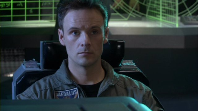 El actor Kirby Morrow en Stargate: Atlantis
