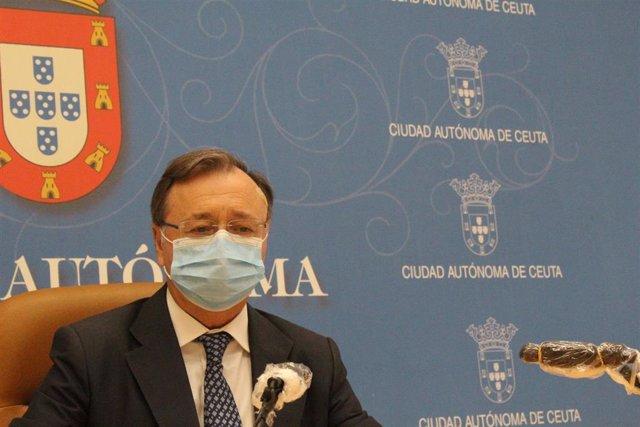 El presidente de Ceuta, Juan Jesús Vivas, en una comparecencia informativa, en una imagen de archivo