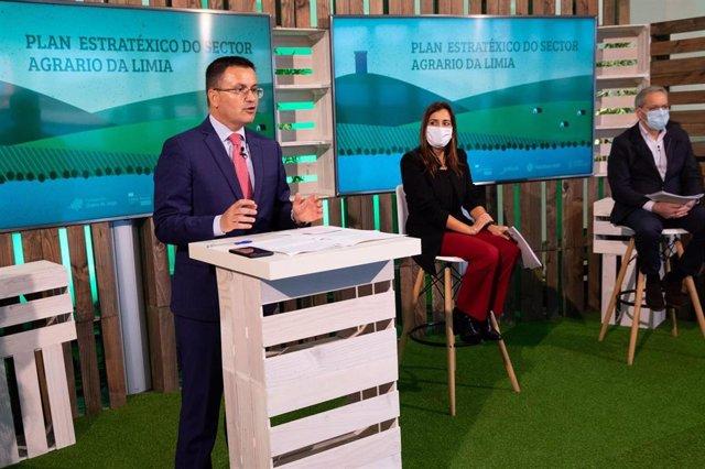 El conselleiro de Medio Rural, José González, durante su participación en el encuentro virtual sobre el Plan estrategico para la comarca de A Limia