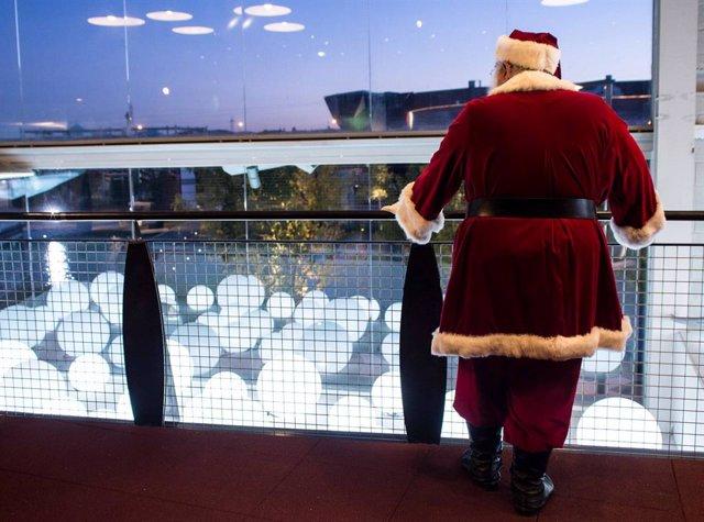 Papá Noel en Puerto Venecia.