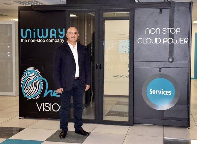 Hassan Kalantari, CEO de Uniway.