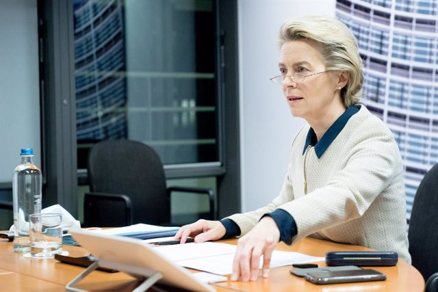 HANDOUT - 19 November 2020, Belgium, Brussels: European Commission President Ursula von der Leyen participates in a video conference with the members of the European Council. Photo: Etienne Ansotte/European Commission/dpa - ATTENTION: editorial use only a