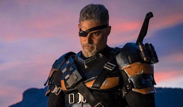 """Deathstroke, la película en solitario del antihéroe de DC Comics, aún """"está en marcha"""". Así lo ha confirmado Joe Manganiello, quien volverá a encarnar al villano, después de su participación en las escenas postcrédito de Liga de la Justicia"""
