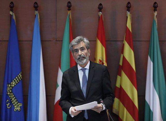 El presidente del Tribunal Supremo y del Consejo General del Poder Judicial (CGPJ), Carlos Lesmes, durante el acto de entrega de despachos a la nueva promoción de jueces, en Barcelona, Catalunya (España), a 25 de septiembre de 2020.